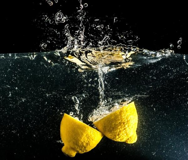 detoxifiere cu apa calda
